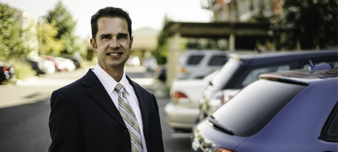 ITS-DAVIS RESEARCHER ERIC CAHILL ZEROES IN ON WAYS TO FAST TRACK PLUG-IN ELECTRIC VEHICLE SALES